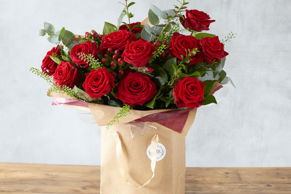 red rose valentines day bouquet